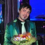 Перебераю - Данюшин Антон feat. Алексей Потехин